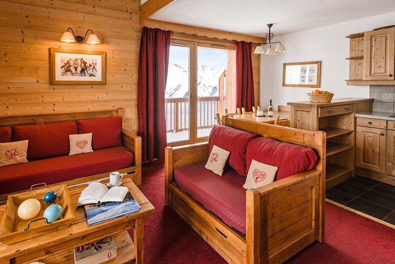 Stay in our charming apartment by the pistes!