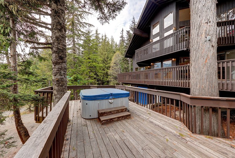 A rejuvenating retreat awaits you at the 'Great Blue Lodge!'