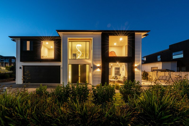 Long Bay Spacious Luxurious Modern 5 Bedroom House UPDATED ...