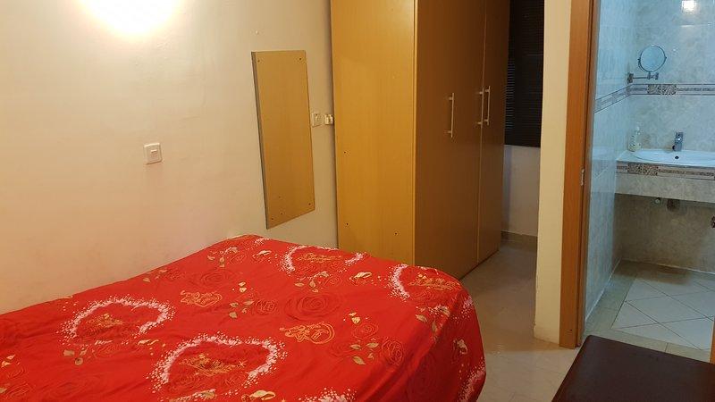 Kyoto Court V. I. 1Bedroom Apartment $60 N24k - 2Bedroom Apartment $119 N47k, casa vacanza a Lagos