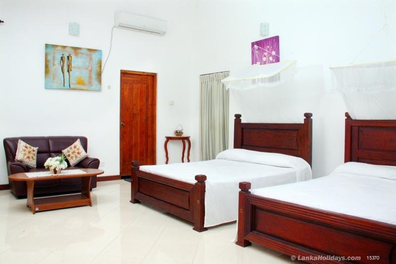 """Hemamala"" Holiday Bunglow., vacation rental in Saliyapura"