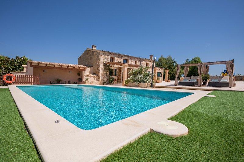Turoredo - Tolles Haus mit Pool bei Petra, location de vacances à Petra