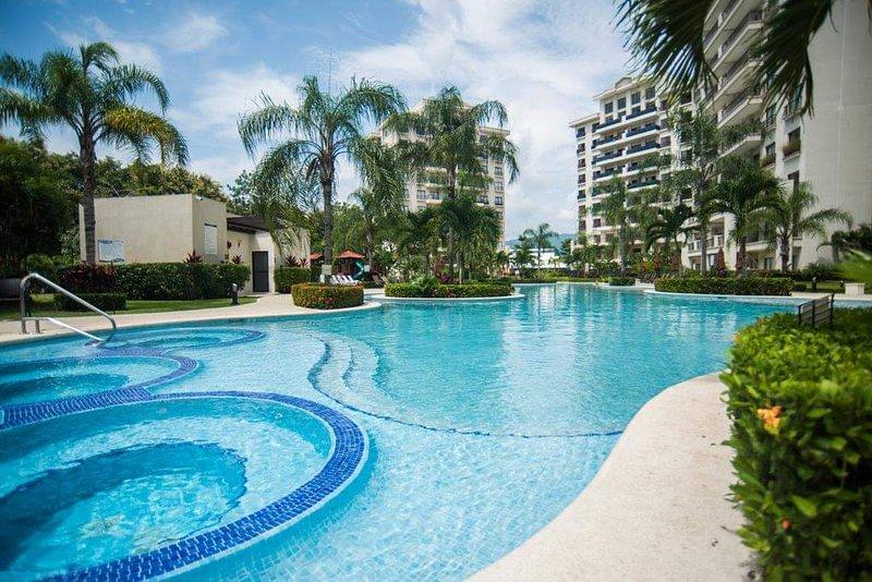 Biggest pool in jaco
