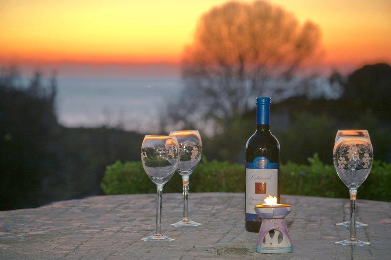 Angelo 2, vicino alla spiaggia, Wi-Fi, parcheggio privato, giardino, Katoro, holiday rental in Zambratija