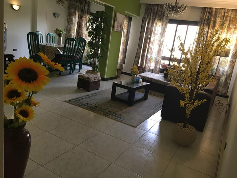 Heliopolis Apartment, vacation rental in Cairo