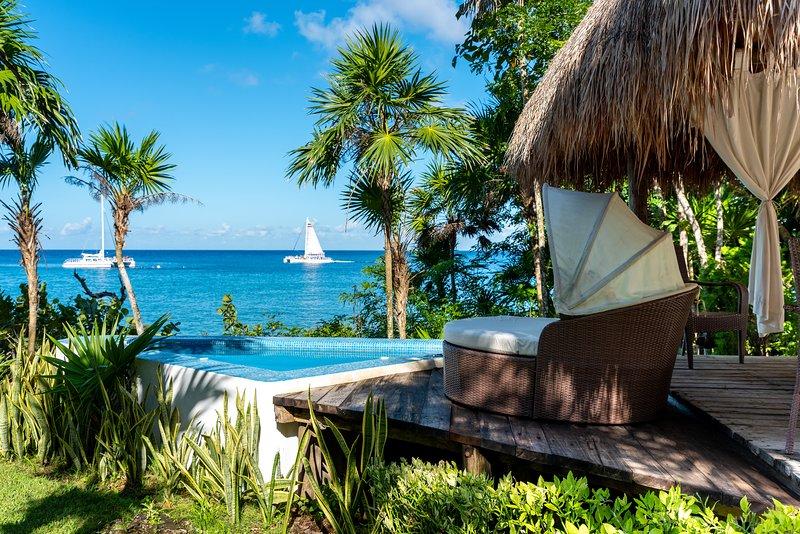 Villa Eden - private oceanfront retreat in Cozumel, vacation rental in Cozumel