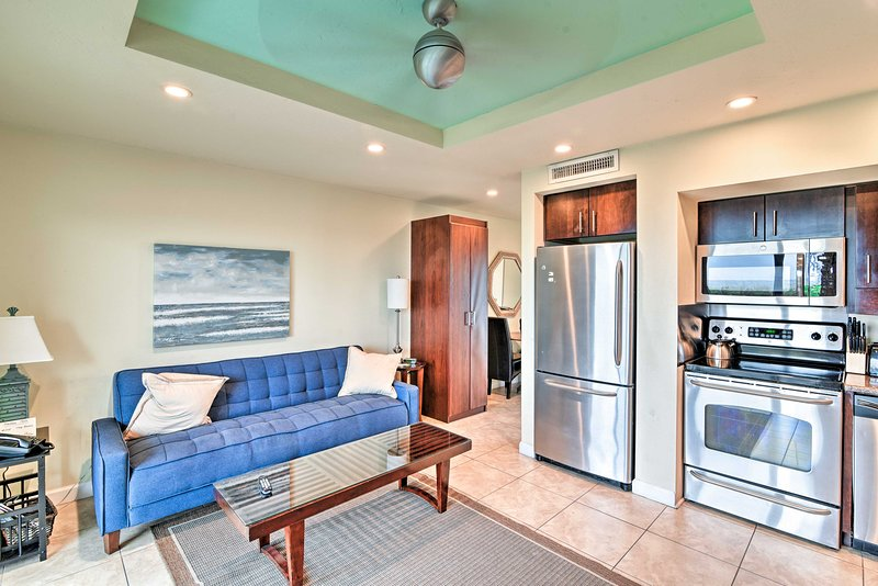 Book A Trip To This Ious Studio Vacation Rental Apartment In Longboat Key