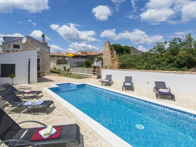 House 9975, holiday rental in Marcana