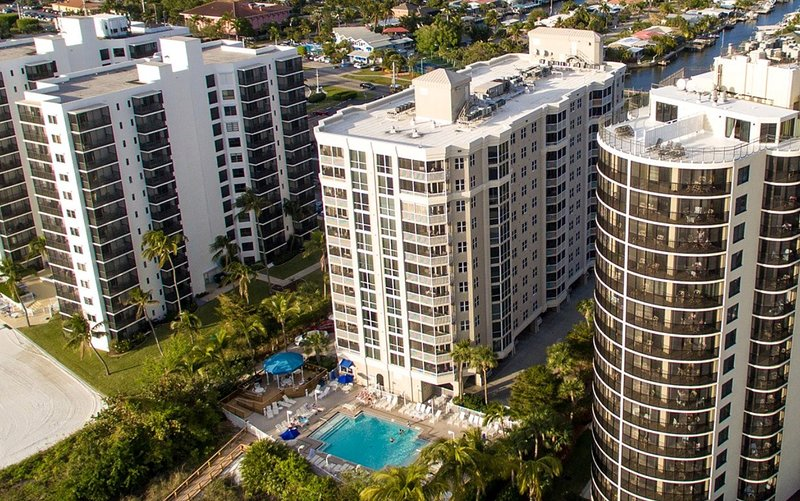 Welcome to your lovely beachfront accommodation in Fort Myers Beach!