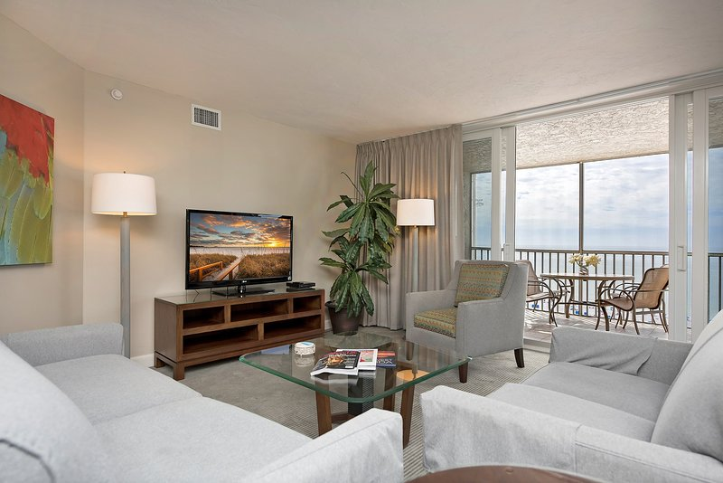 Relax and rejuvenate in our cozy and deluxe suite by the beach!