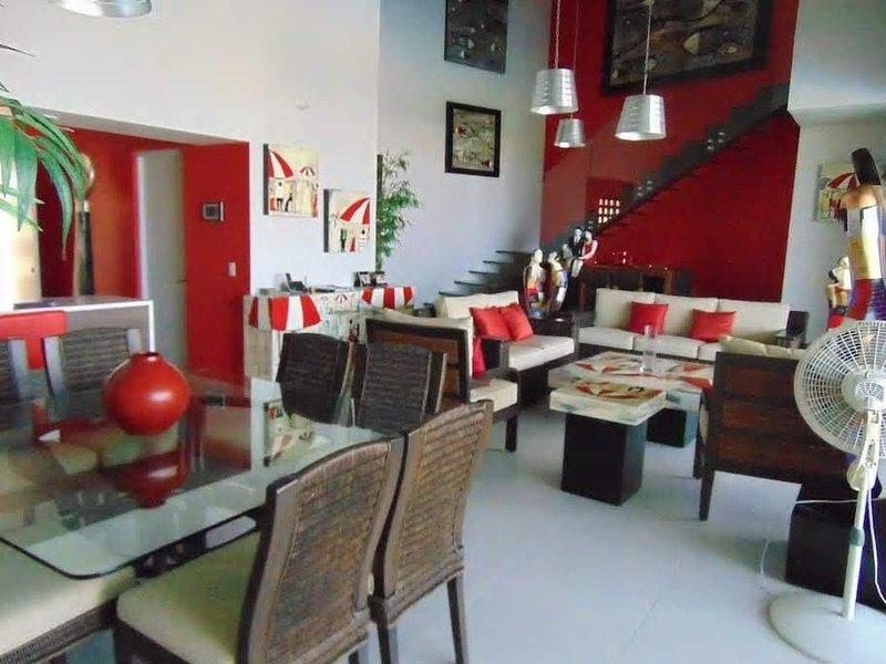 ☺AMAZING HOUSE ☺ SPECTACULAR VIEW ☺ WalkScore 78 ☺BEST DEAL IN HUATULCO, location de vacances à Huatulco