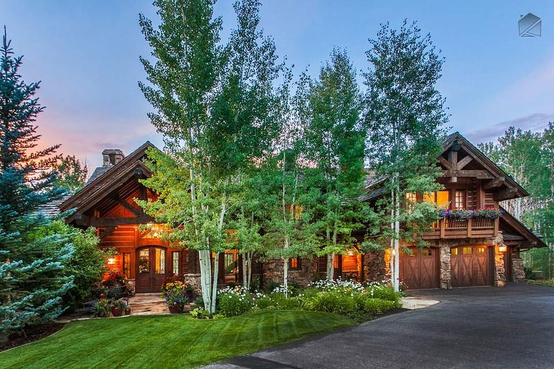 This slopeside Arrowhead home offers abundant space and a perfect location for skiing