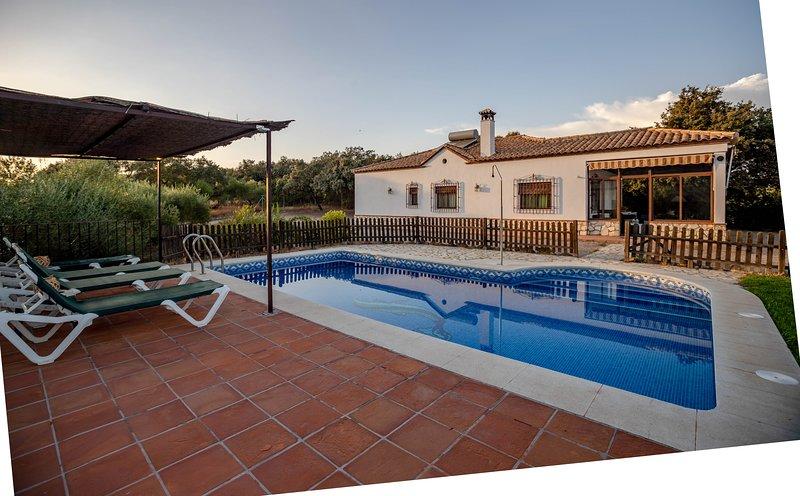 Casa de 145 m2 de 4 habitaciones en Posadas, casa vacanza a Rivero de Posadas