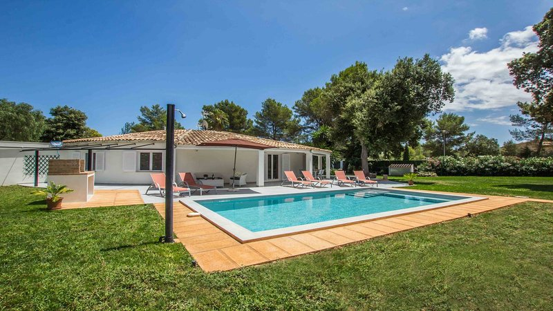 Romeo - tolle Doppelhaushälfte, vacation rental in Sa Pobla