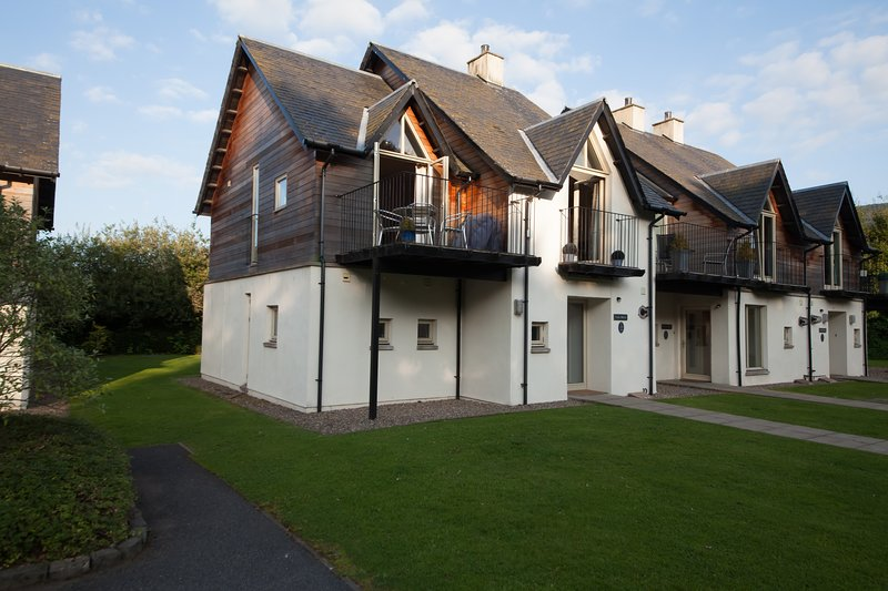 Mains of Taymouth Calm Waters, Ferienwohnung in Kenmore