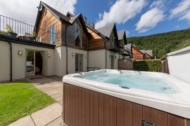 Mains of Taymouth Skibo Lodge, Ferienwohnung in Kenmore