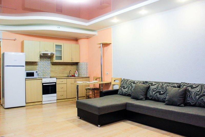 1к квартира в центре, alquiler de vacaciones en Tyumen