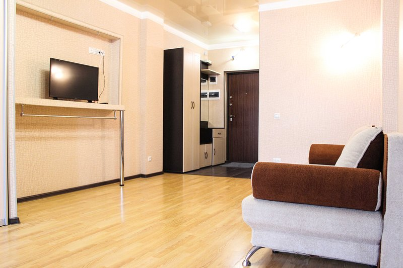 1к квартира в центре у вояжа, alquiler de vacaciones en Tyumen