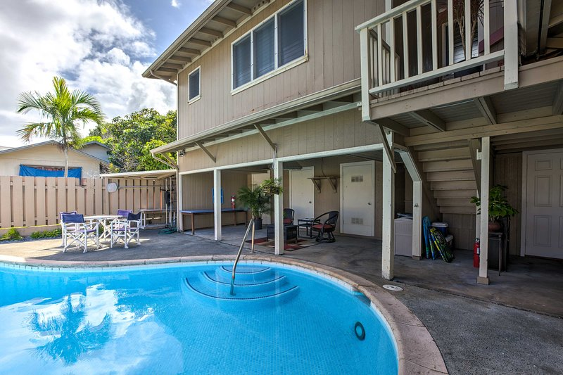 Bright Kailua House W Pool Patio By Beaches Has Washer And