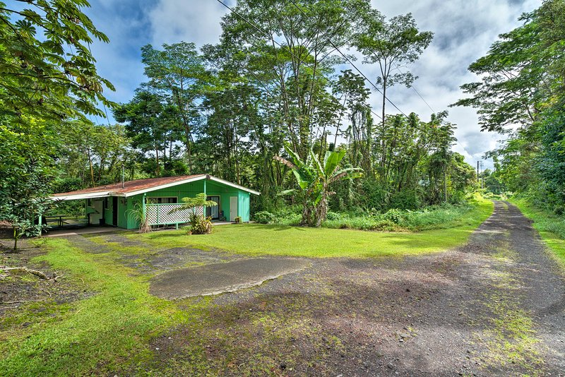 This secluded 2-bedroom, 2-bath home is great for stepping off the beaten path.