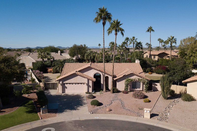 This Scottsdale vacation rental has everything you need!