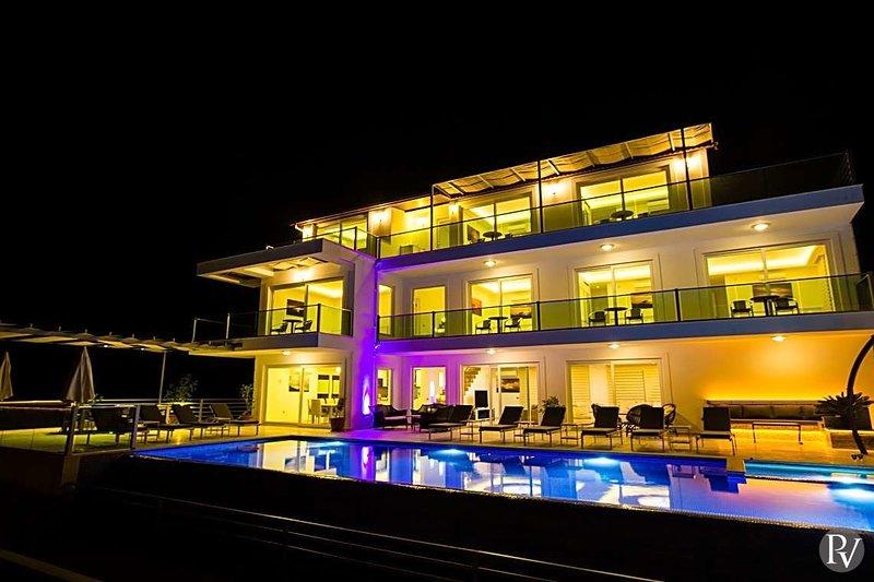 Kalkan Villa Sleeps 14 with Pool and WiFi - 5433191, holiday rental in Bezirgan