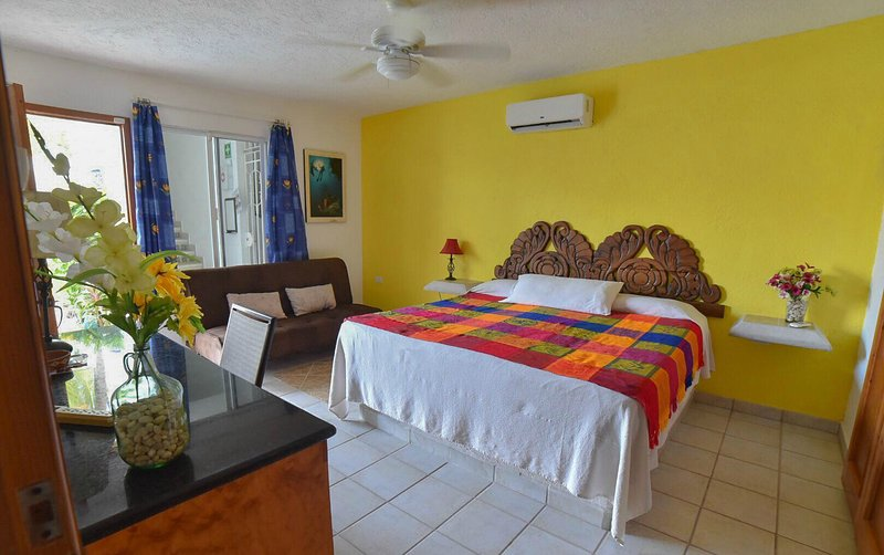 Villas Deja Blue Unit 1, vacation rental in Cozumel