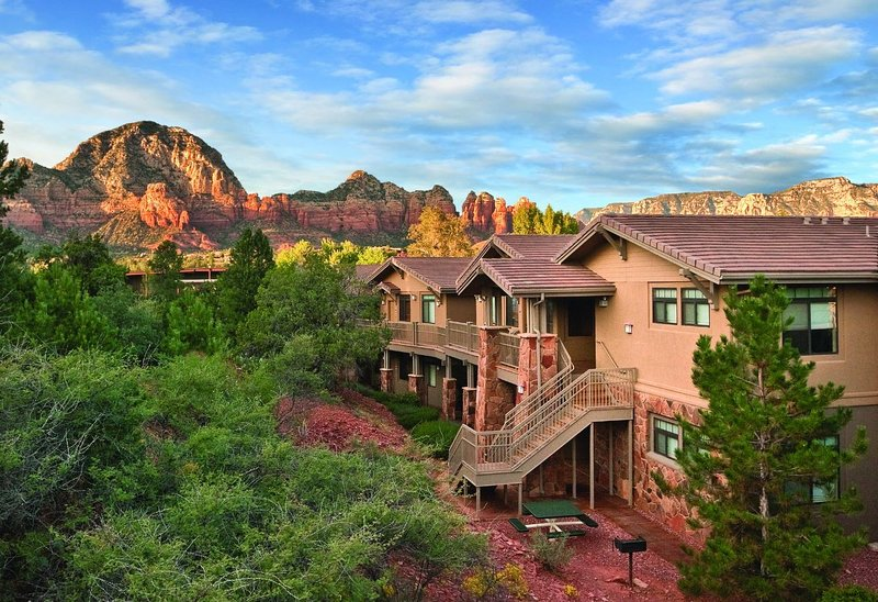 Resort surrounded by Sedona's beautiful red rocks