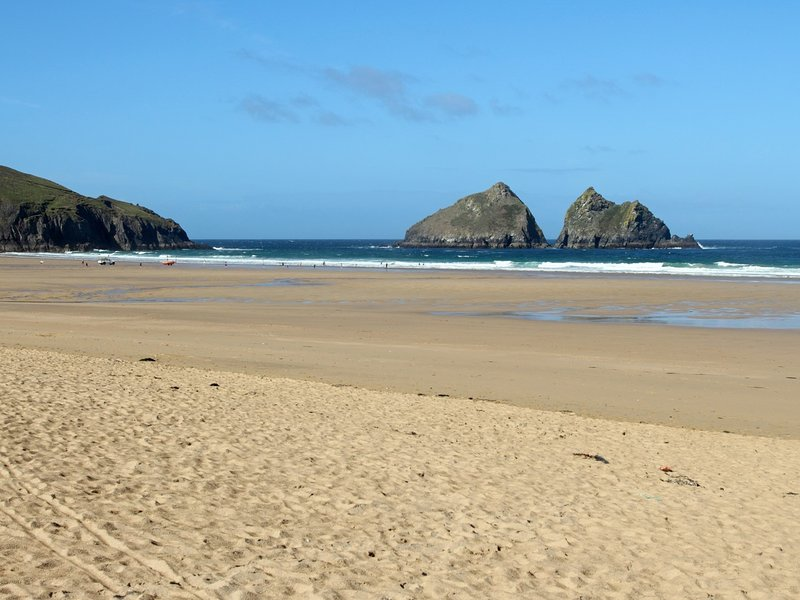 Enjoy one of Newquays many popular beaches a short drive away