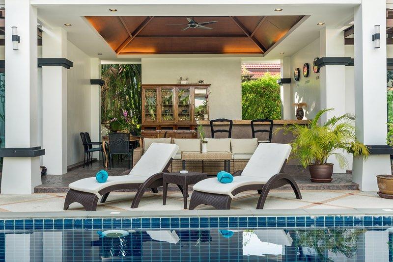 Villa Frangipani Bang Tao, holiday rental in Choeng Thale
