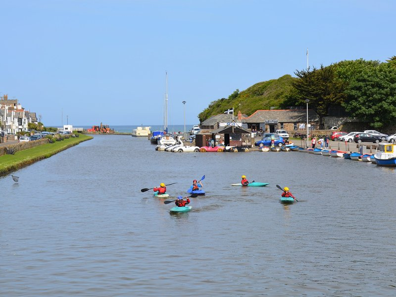 Take a stroll along the canal in Bude