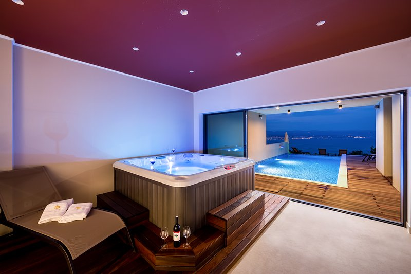 Villa AltaVista, Croatia / Seaview & Relax *****, holiday rental in Opatija