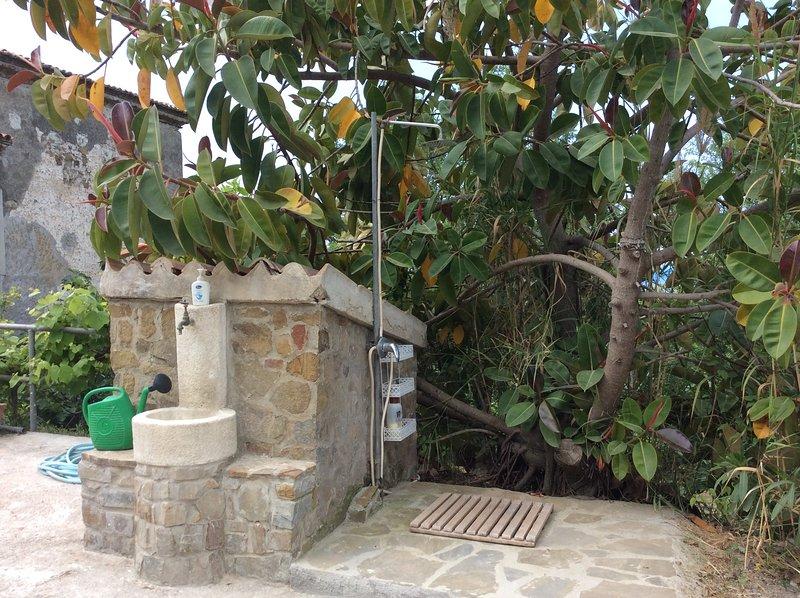 casa colonica acciaroli, vacation rental in Pioppi