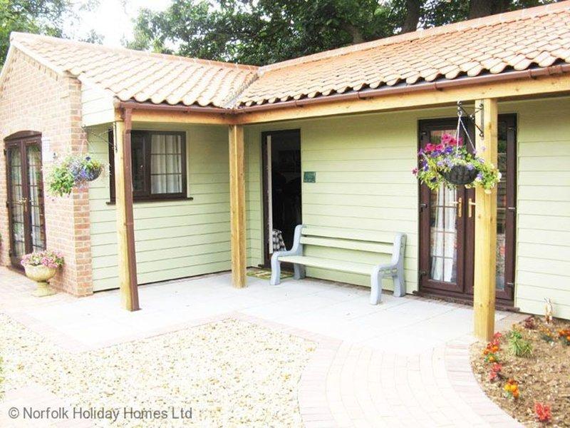 Badgers Rest, holiday rental in Dersingham