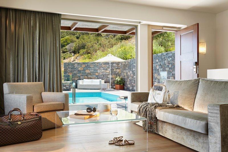 Vathy Villa Sleeps 6 with Air Con - 5684649, holiday rental in Prina