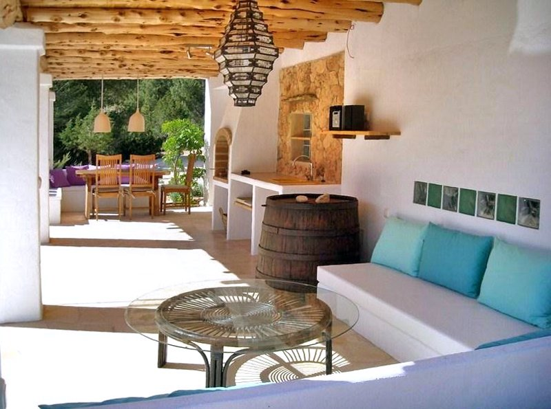 Cala Vadella Villa Sleeps 6 with Pool and Air Con - 5049308, holiday rental in Cala Vadella