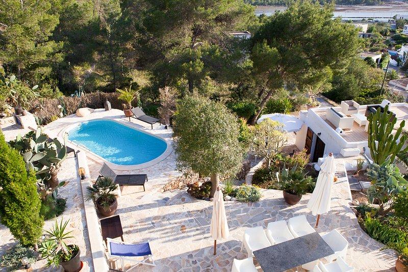 La Revista Villa Sleeps 8 with Pool and Air Con - 5049316, holiday rental in Sant Francesc De S'Estany
