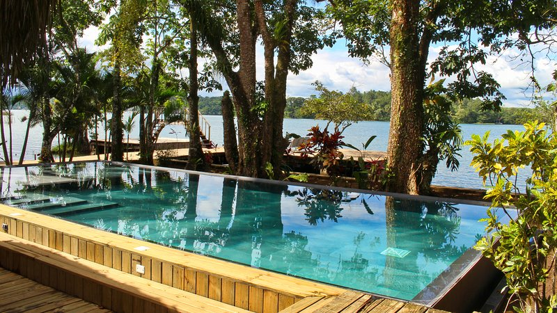 Tom´s Paradise, River Front View, Private Pool + Free WiFi, vacation rental in Izabal