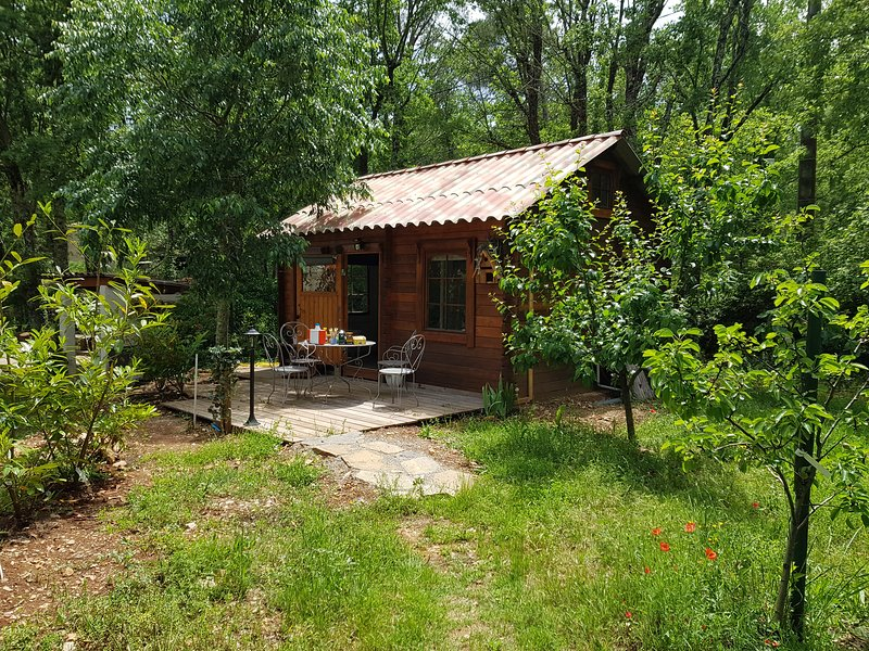 La Cabane de Pioupiou, Ferienwohnung in Fayence