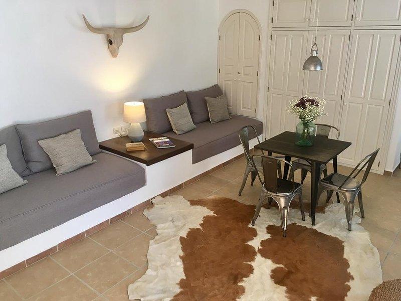 Studio Style Country Casita, holiday rental in El Santuario