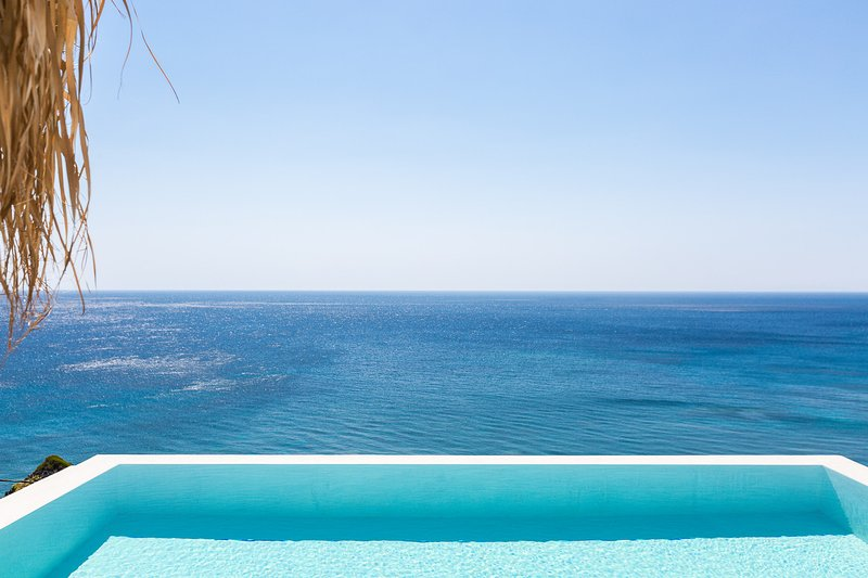 Coastline villa with a dazzling sea view offering a sense of harmony and tranquility