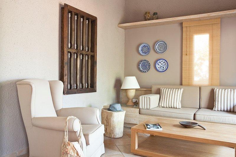 Kumlubuk Villa Sleeps 3 with Pool and Air Con - 5687010, holiday rental in Turunc