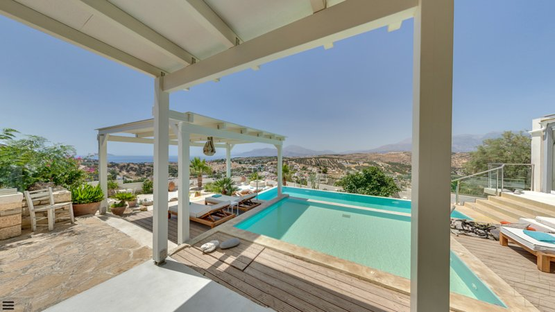 Luxus Villa THEA ,Sea View, heatable Infinity Pool, Jacuzzi,Garden, holiday rental in Pitsidia