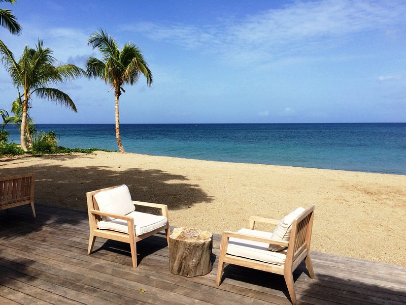 *INCREDIBLE RATES* - Luxury 4 Bedroom Villa with Private Pool ~ Pinney's Beach, vacation rental in Nevis