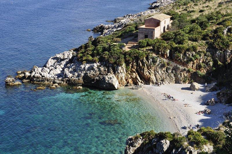 Beautiful house near the beach, vacation rental in Alcamo Marina