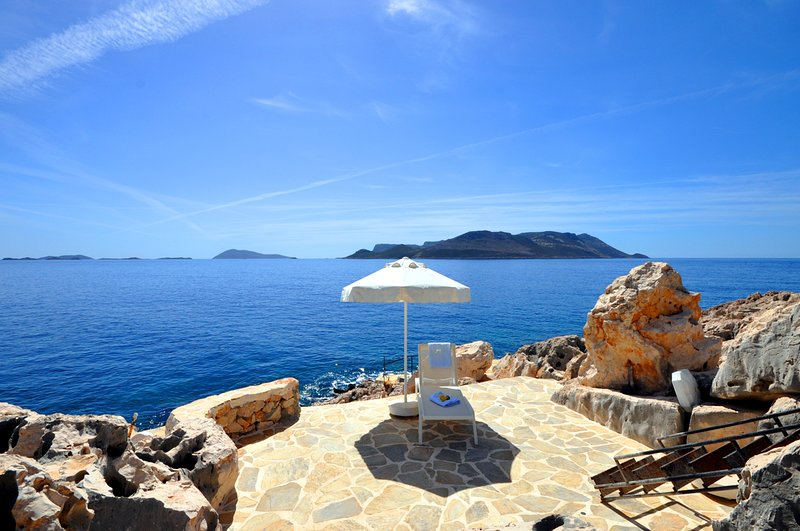Yenikoy Villa Sleeps 8 with Pool and Air Con - 5684413, holiday rental in Kastellorizo