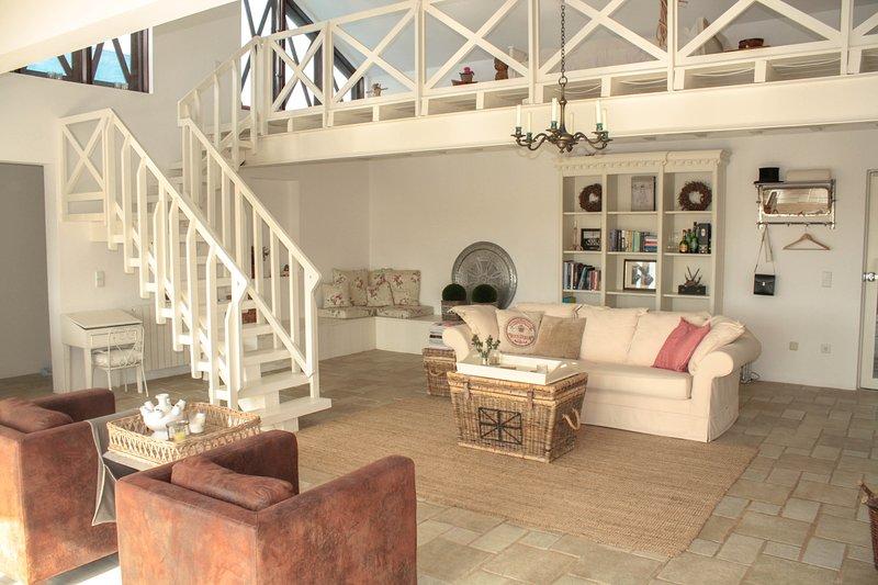 Fornos Villa Sleeps 6 with Pool - 5689303, casa vacanza a Aldeia do Meco