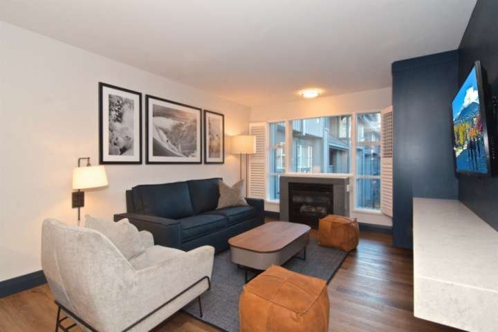 BRAND new  RENO throughout completing  DECEMBER 2018 Family size Condo at base o, holiday rental in Whistler