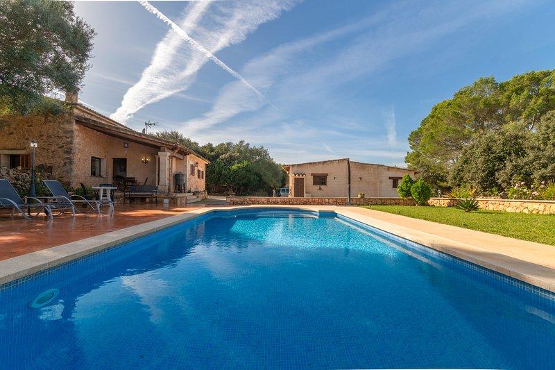 Son Garbi  ,Casa Rural 5StarsHome Mallorca, vacation rental in Algaida