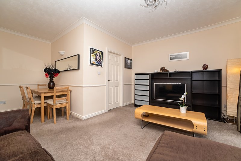Quiet Central Quayside Flat 9 - Free Parking, holiday rental in Newcastle upon Tyne